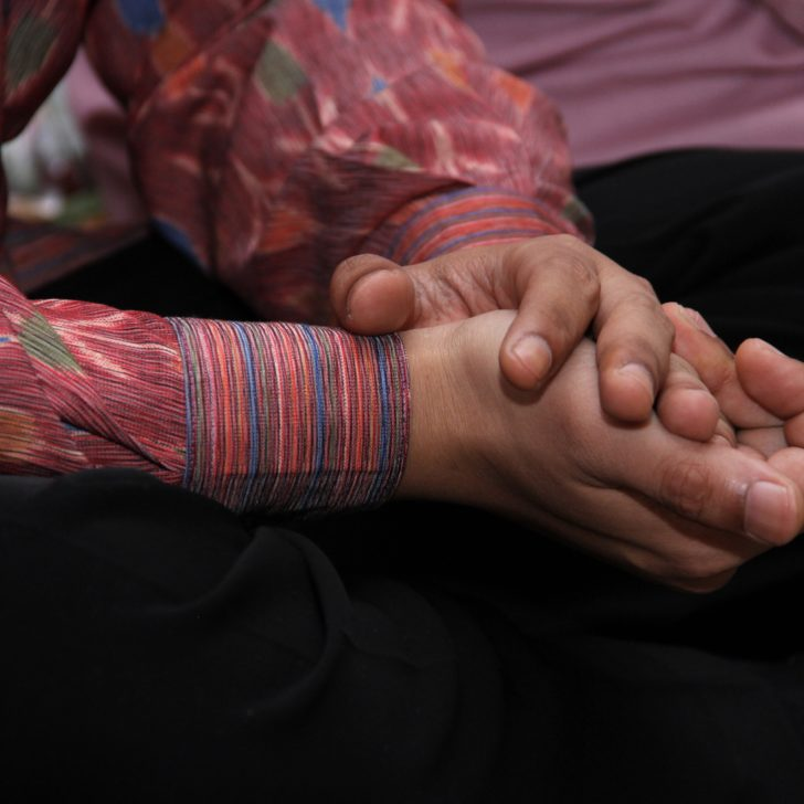 Tips Memilih Batik Bagi Pria Agar Tampil Kece 45a8ac00c6